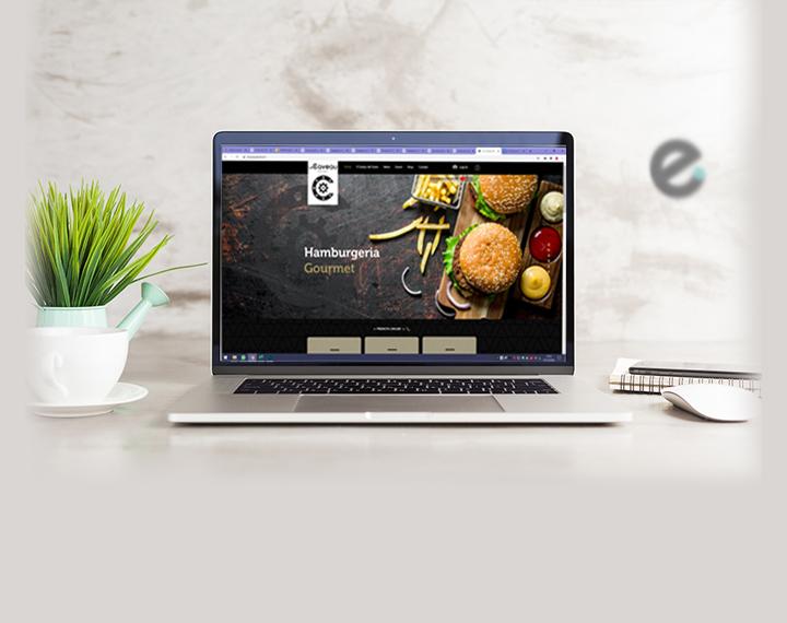 Le Caveau Bistrot Locale Cocktail Bar con E-commerce di prodotti Vin...